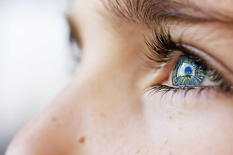 green eyes EMDR therapy eye movement desensitization reprocessing